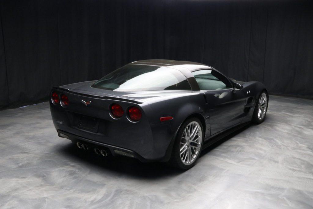 2009 ZR1 Corvette in Cyber Gray Metallic