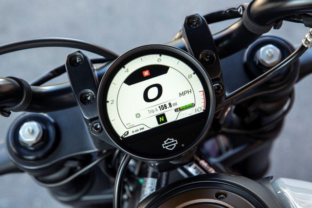 2021 Harley-Davidson Sportster S TFT display