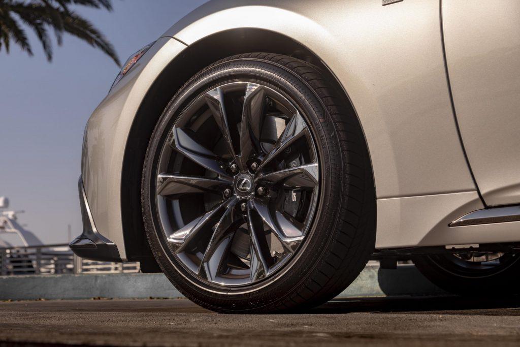 2021 Lexus LS 500 wheel