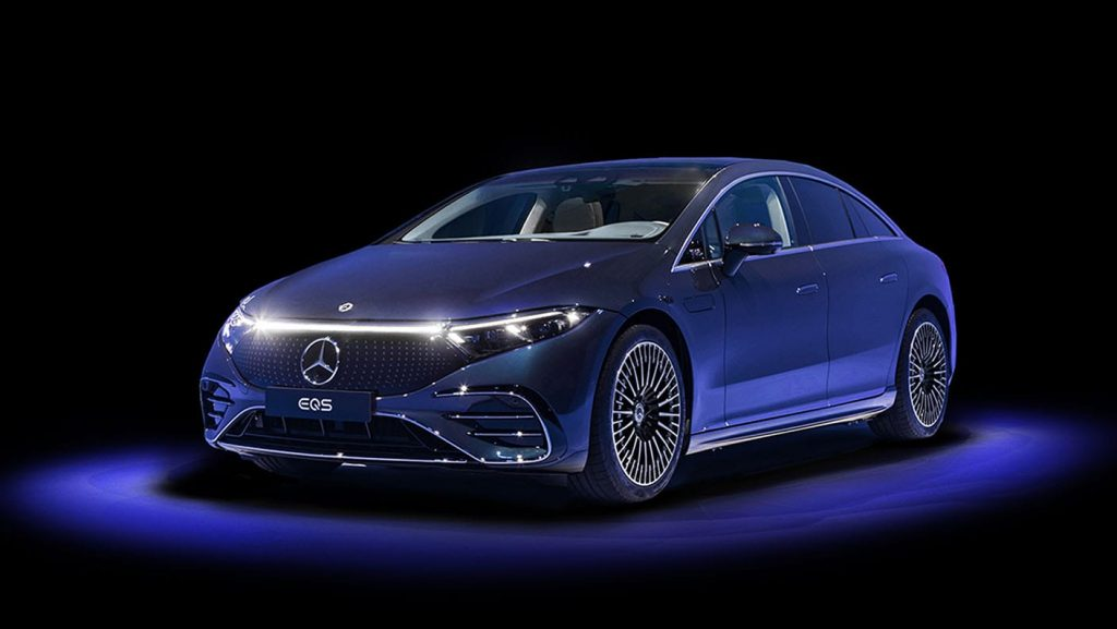 The 2022 Mercedes-Benz EQS will offer rear-wheel steering