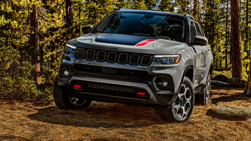 The 2022 Jeep Compass off-roading in dirt