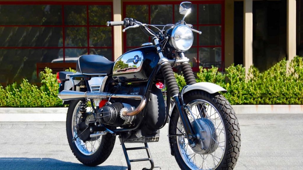 front view of this custom 1972 BMW R75/5 that would later morph into a Dakar bike