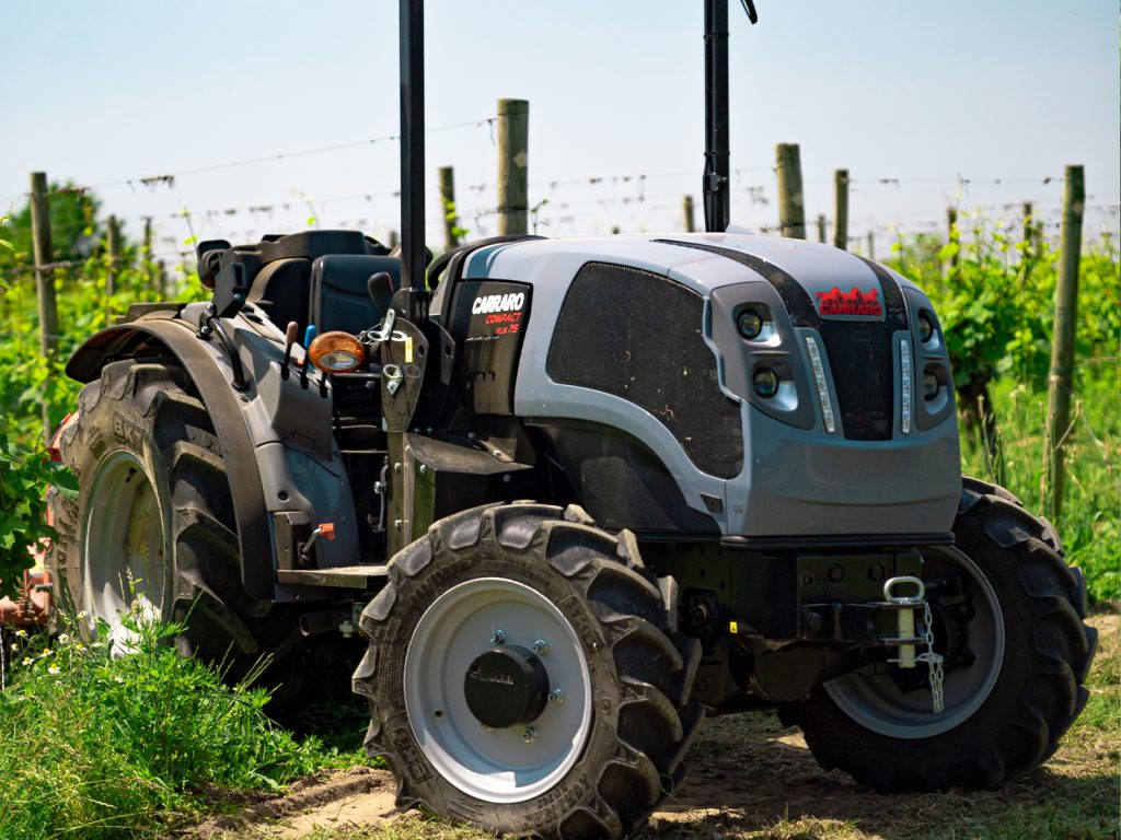 CARRARO TRACTORS Compact VLB75 model working in a vineyard