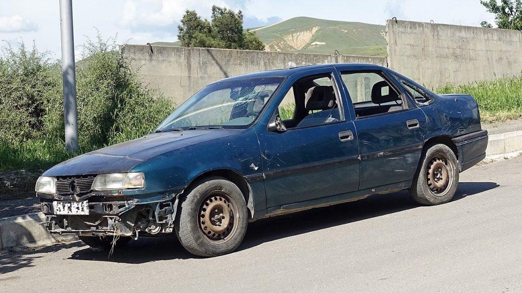 A car with no front bumper