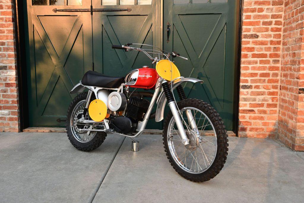 Vintage Husqvarna Viking 360
