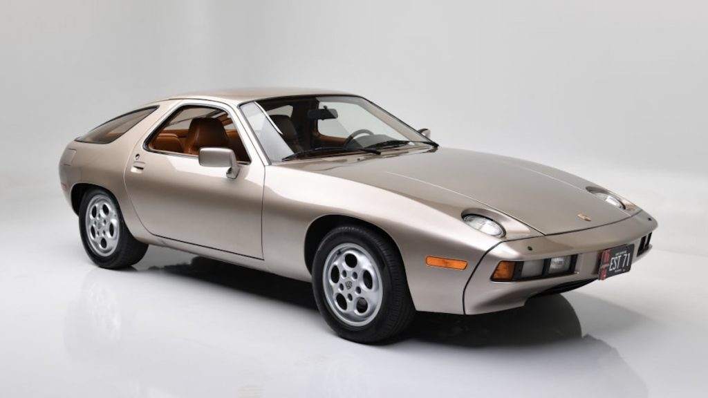 The Porsche 928 driven by Tom Cruise in Risky business