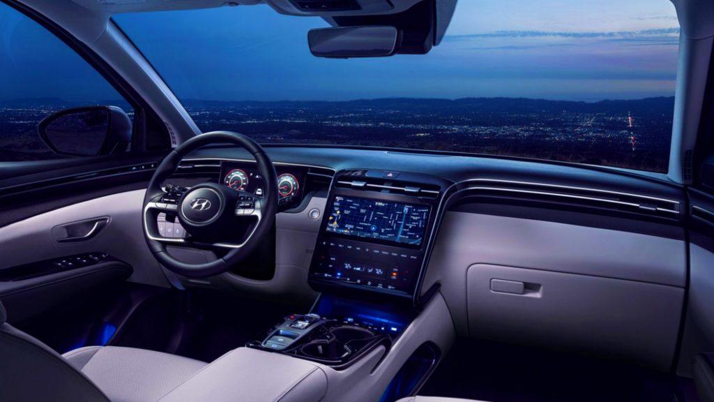 Interior of the 2022 Hyundai Tuscon.
