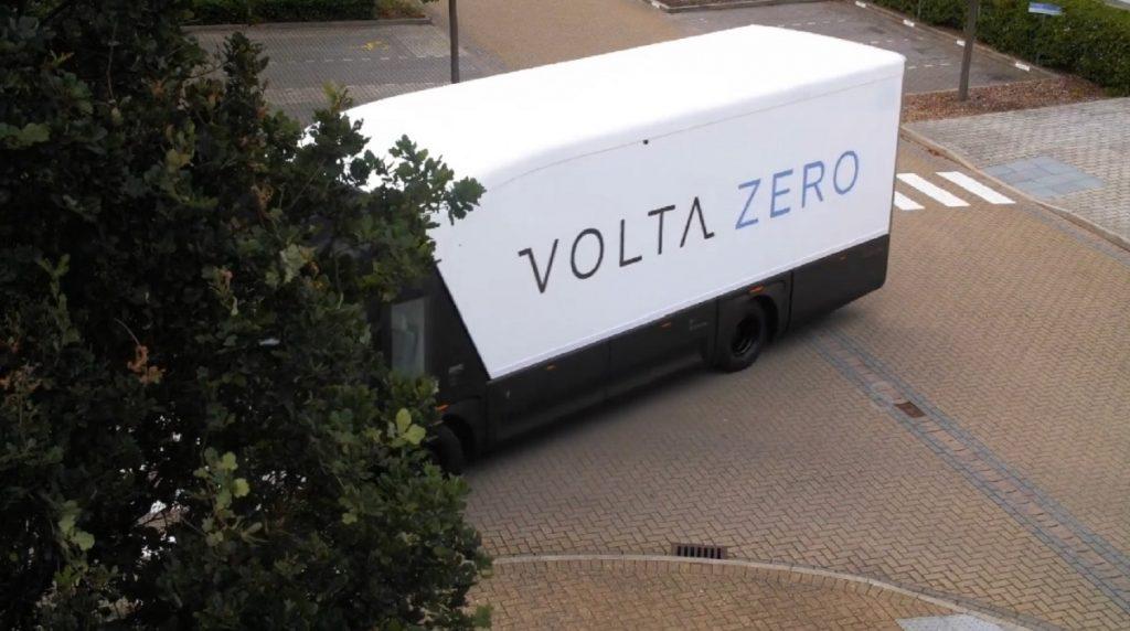 A Volta Zero electric truck rounds a corner.