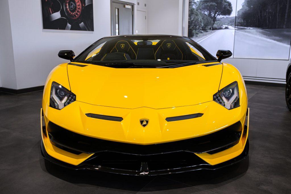 A yellow Lamborghini Aventador got into a crash