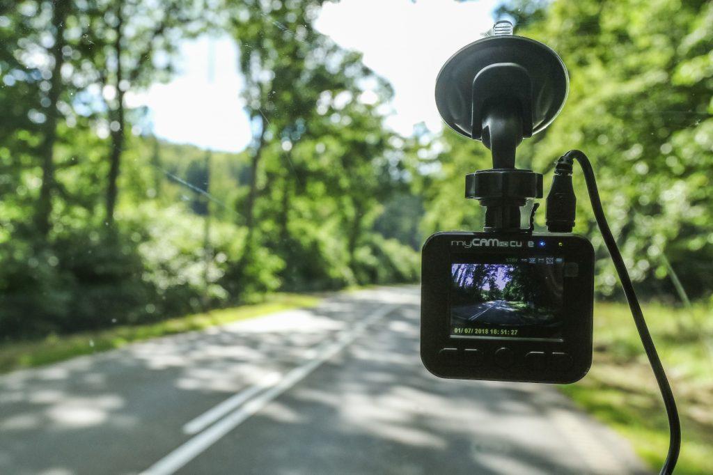 Consumer Reports: Will a Dash Cam Make Your Car Insurance Cheaper?