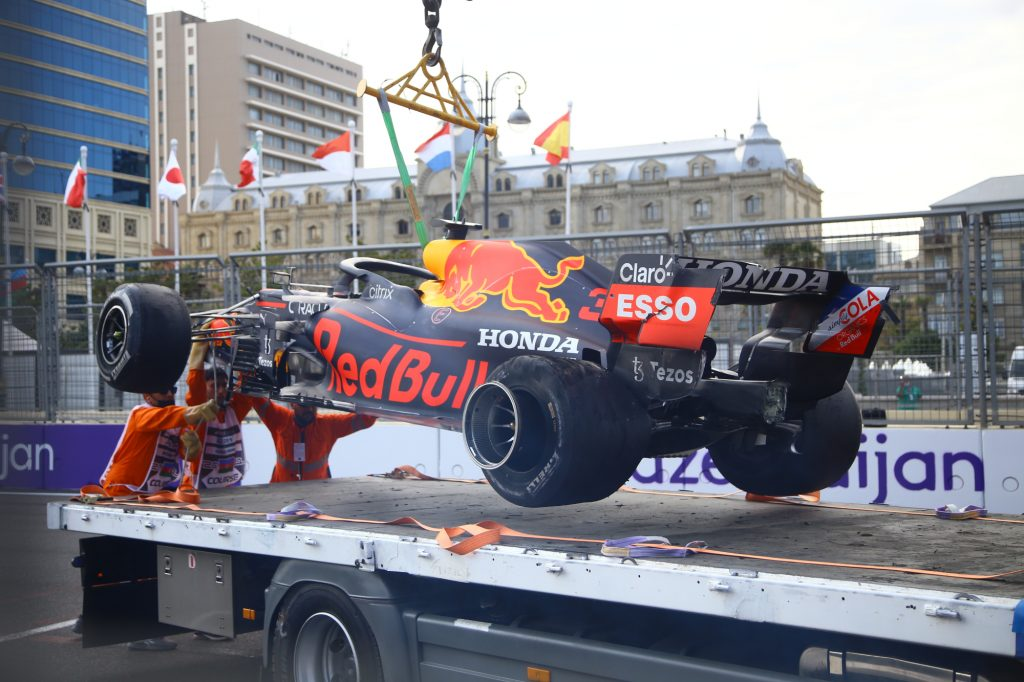 Should Repairs Be Banned on Formula 1 Cars During Red Flags?