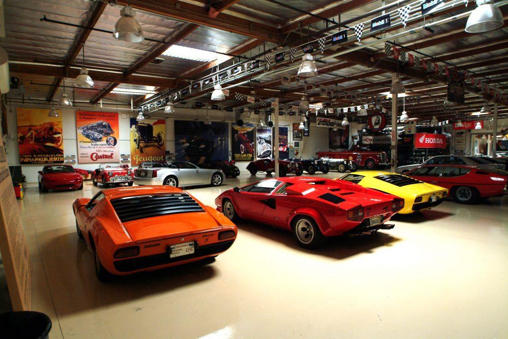 A looking into Jay Lenos collector car collection