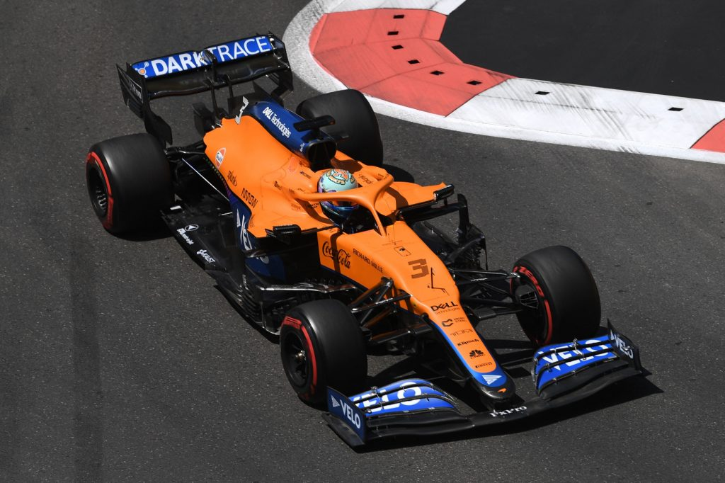 Is the unorthodox rear wing on the McLaren Formula 1 car helping?