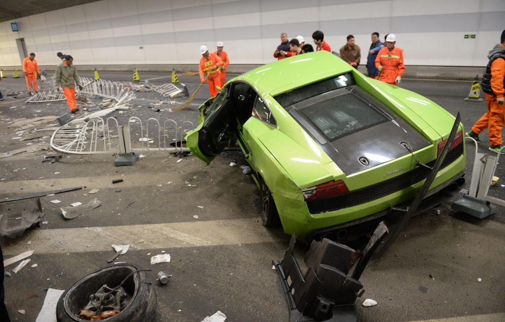 A wrecked Lamborghini after a crash