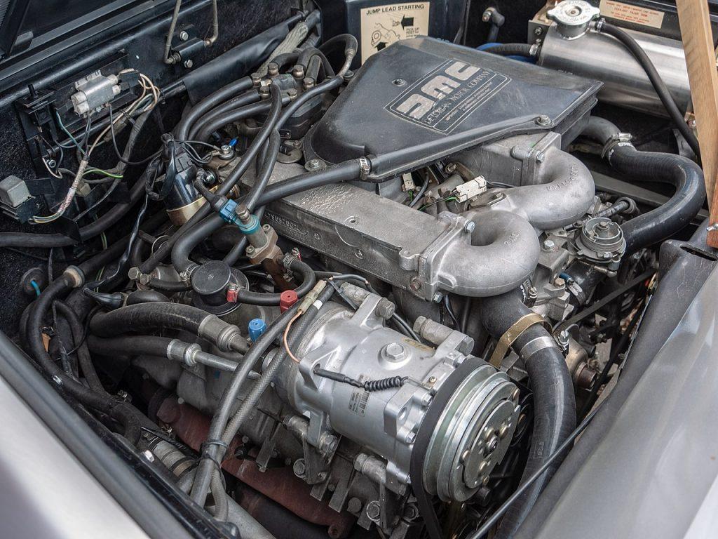 DeLorean DMC engine