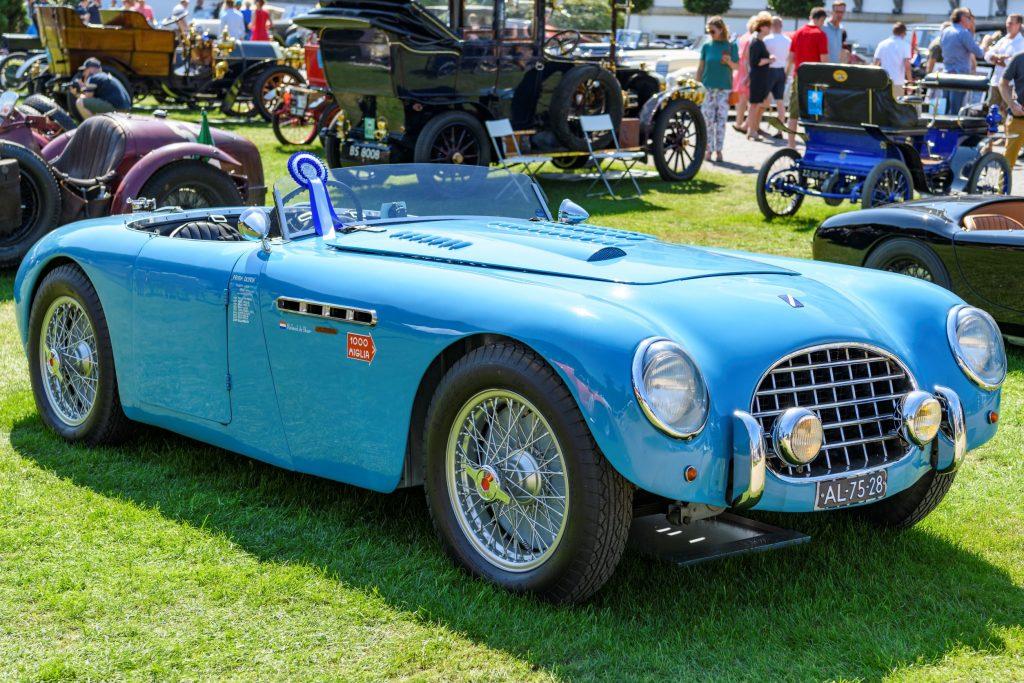 A blue 1949 Talbot-Lago T26 Grand Sport Cabriolet at the 2019 Concours d'Elegance Paleis Soestdijk