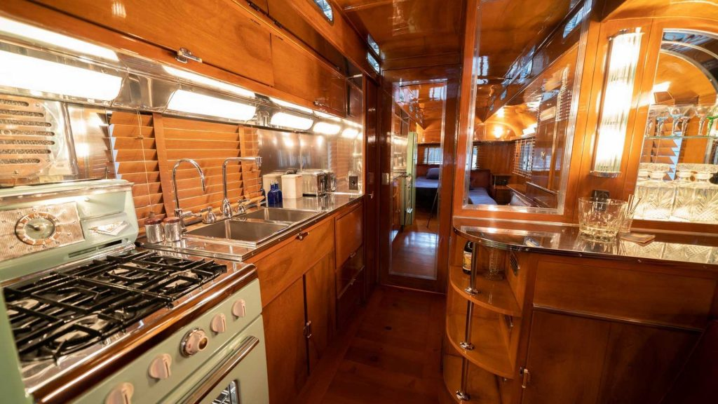 1950 Westcraft Manufacturing Capistrano Park trailer interior