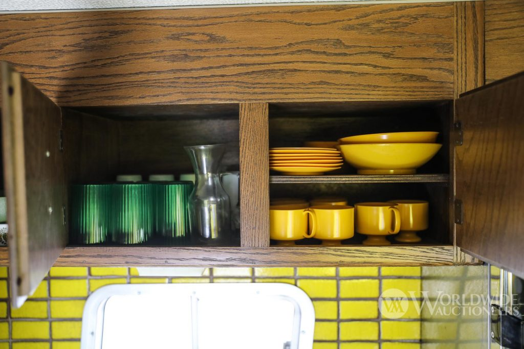 1974 Camelot Cruiser cooking utensils and plates