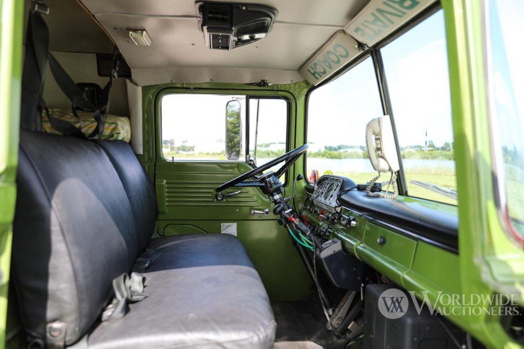 1974 Camelot Cruiser C-750 cab interior