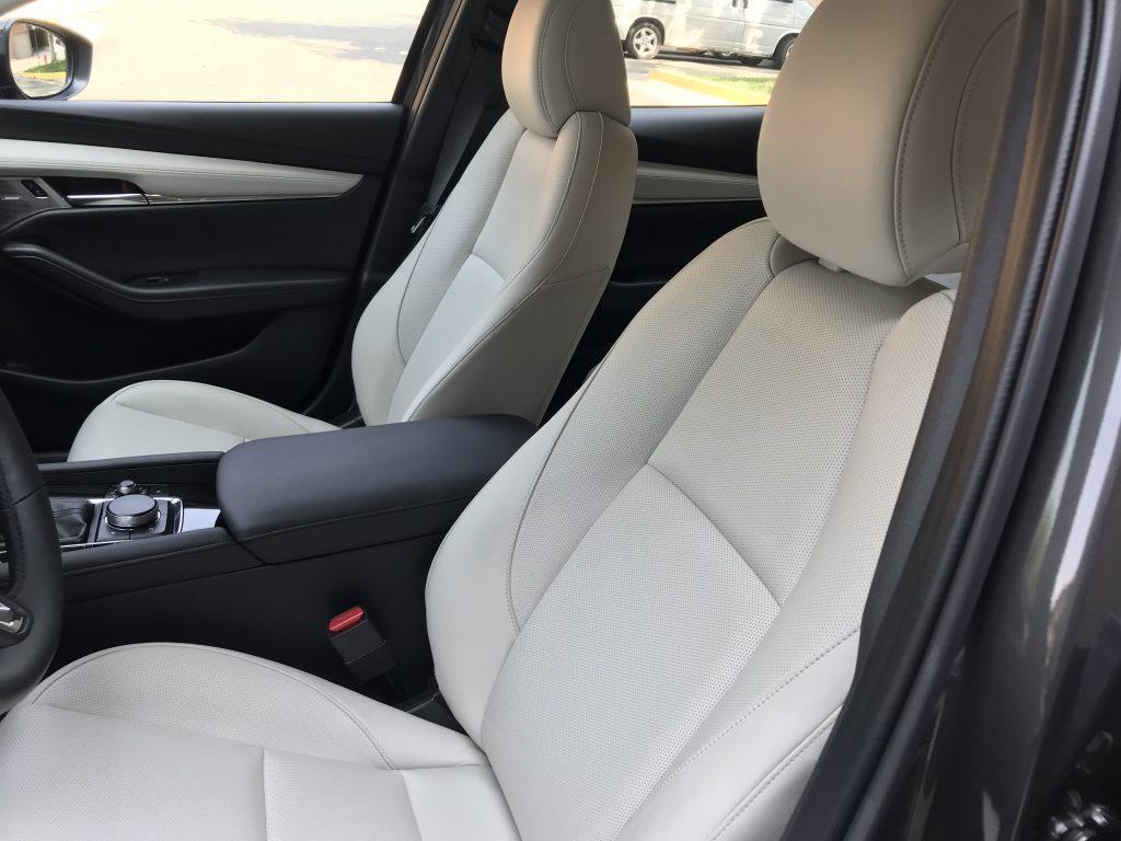 2021 Mazda3 Turbo seats