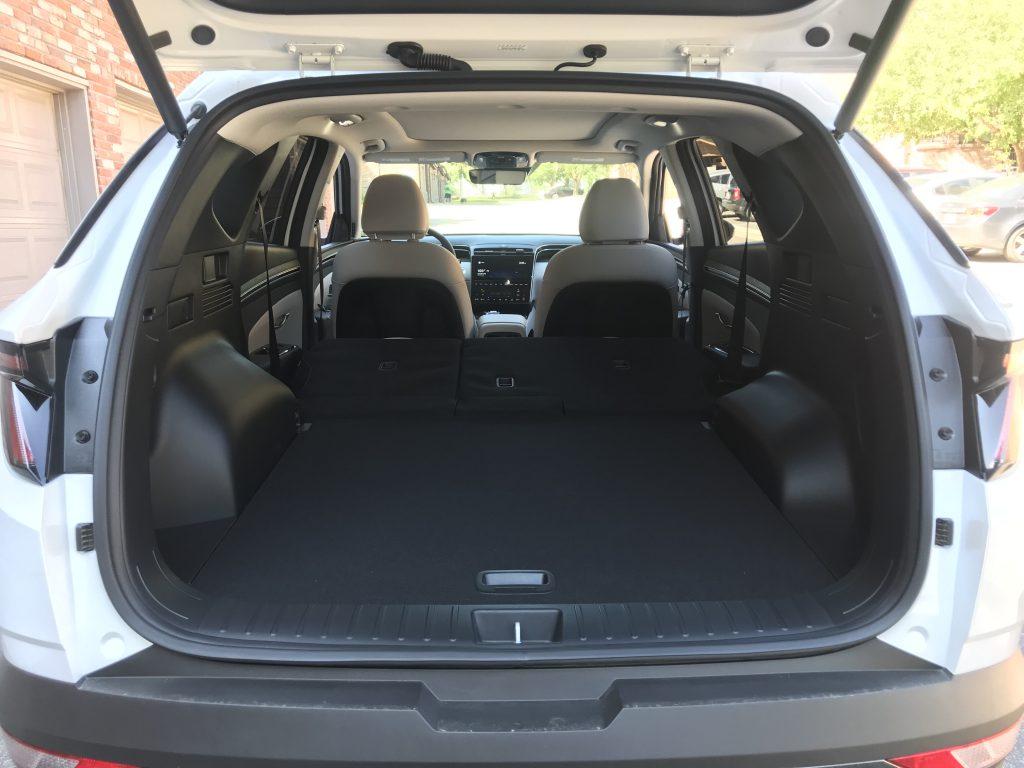 2022 Hyundai Tucson Hybrid cargo area