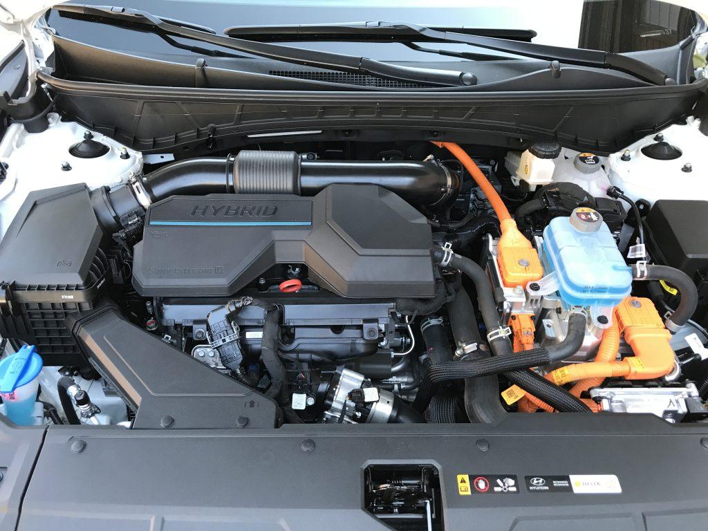 2022 Hyundai Tucson Hybrid engine