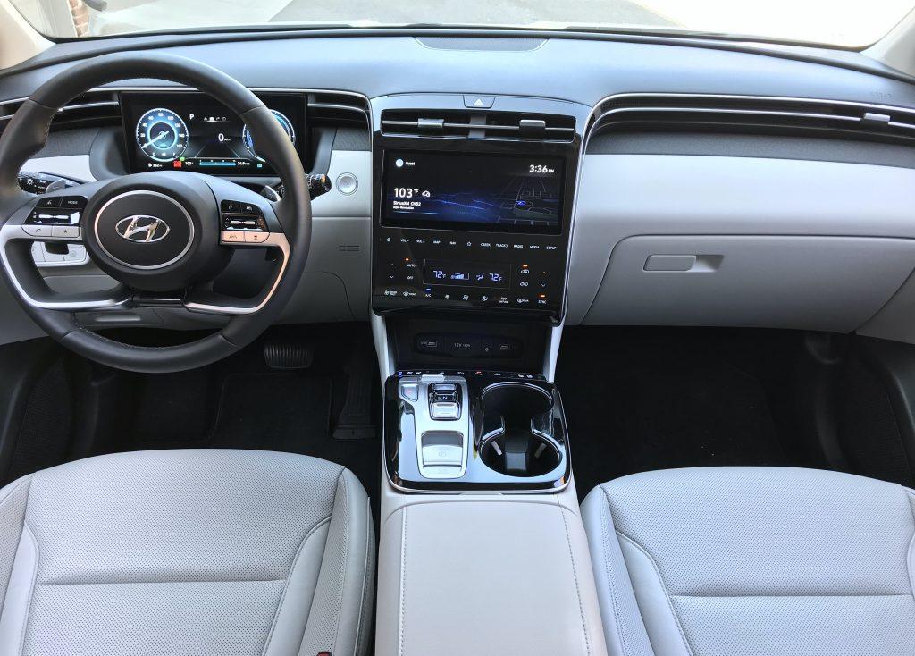 2022 Hyundai Tucson Hybrid interior shot