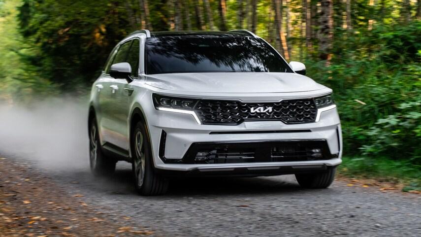 The 2022 Kia Sorento PHEV driving on the road