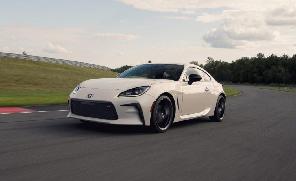 2022 Toyota GR 86 in white