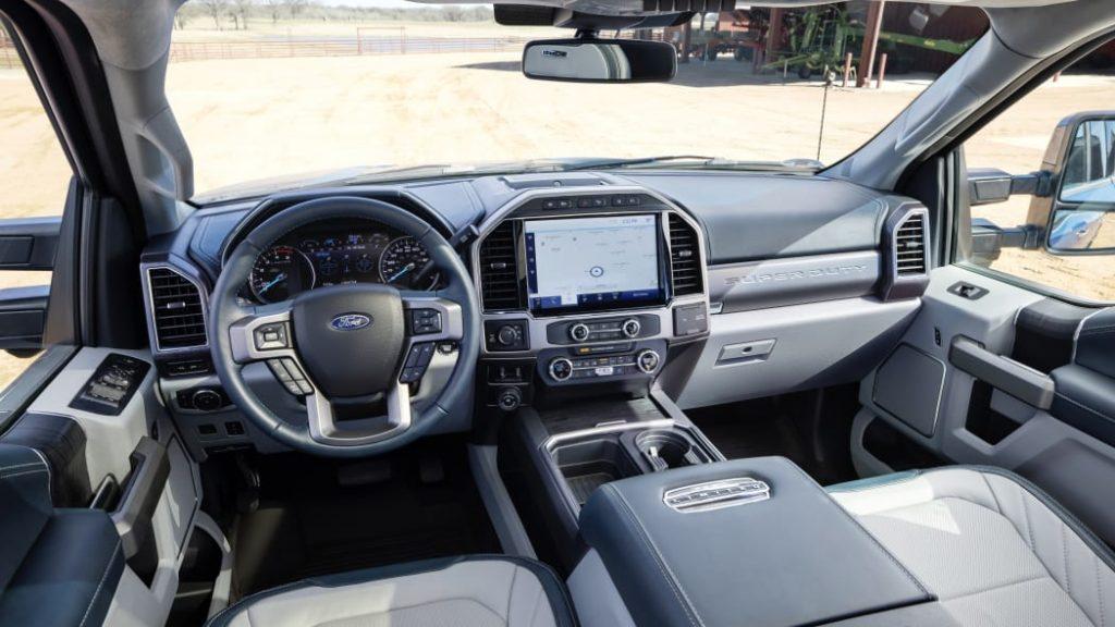 Ford F-250 Super Duty interior