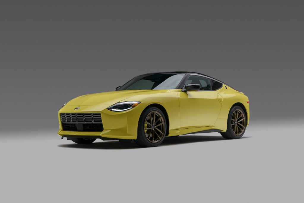 The new, very yellow, Z complete with bronze wheels from the factory