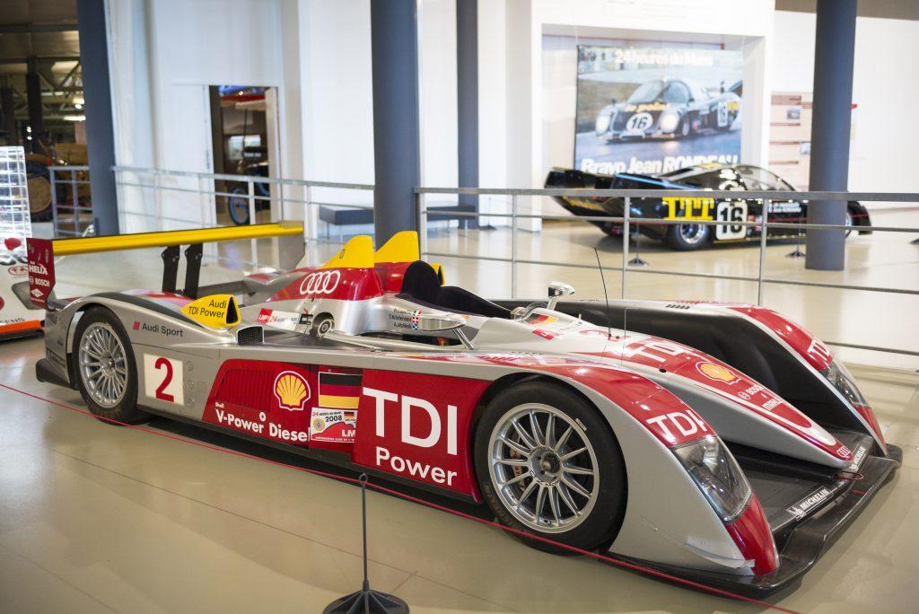 Audi R10 TDI diesel race car