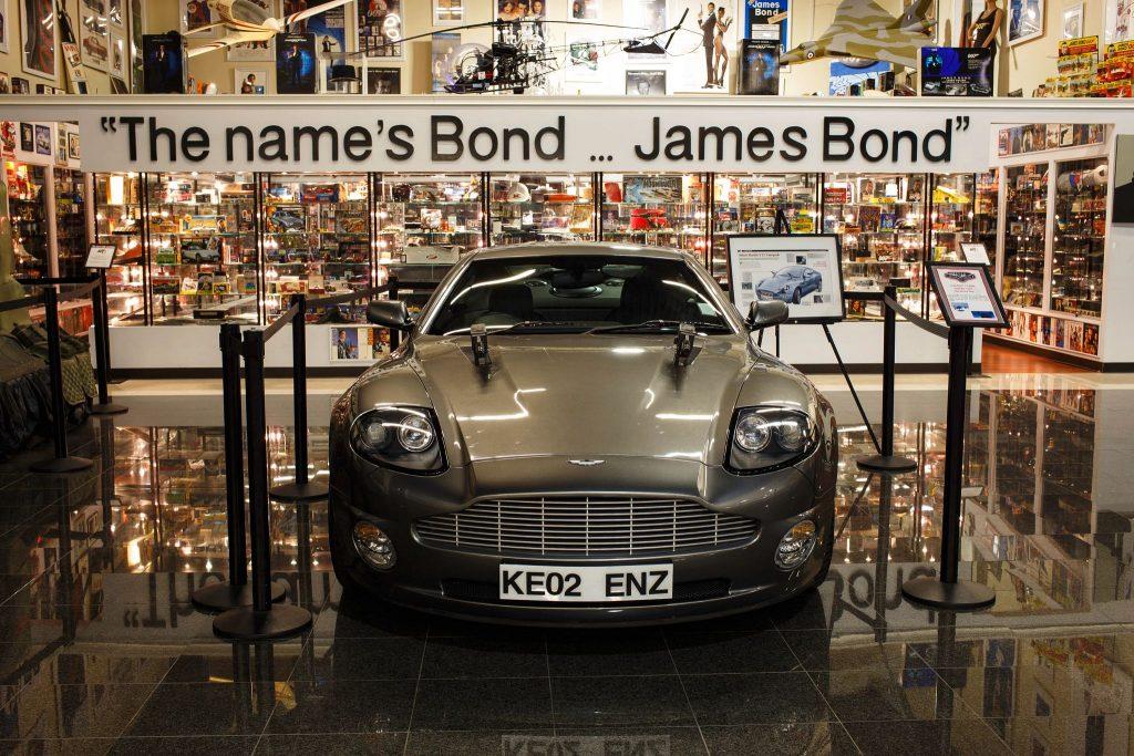 Dezerland Bond Museum