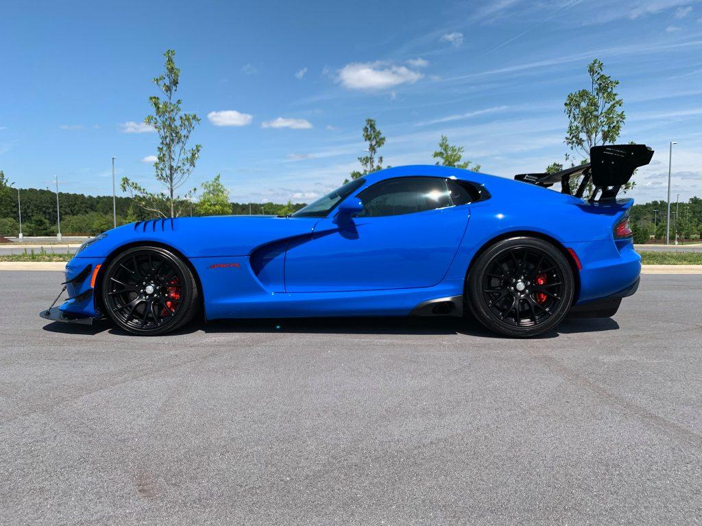 Blue Dodge Viper profile image