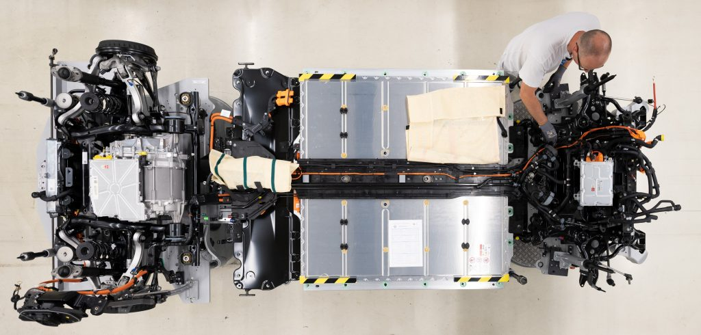 The batteries shown in place on a VW skateboard chassis