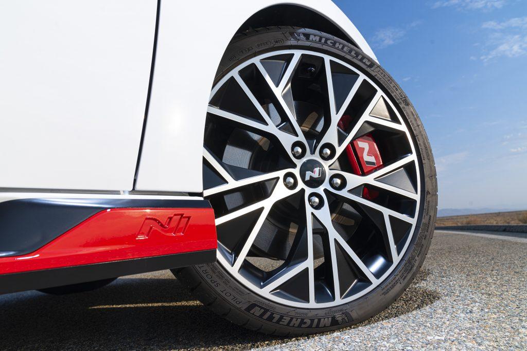 2022 Hyundai Elantra N Front Wheel