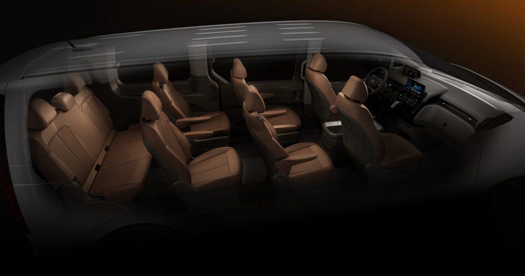 2022 Hyundai Staria minivan interior