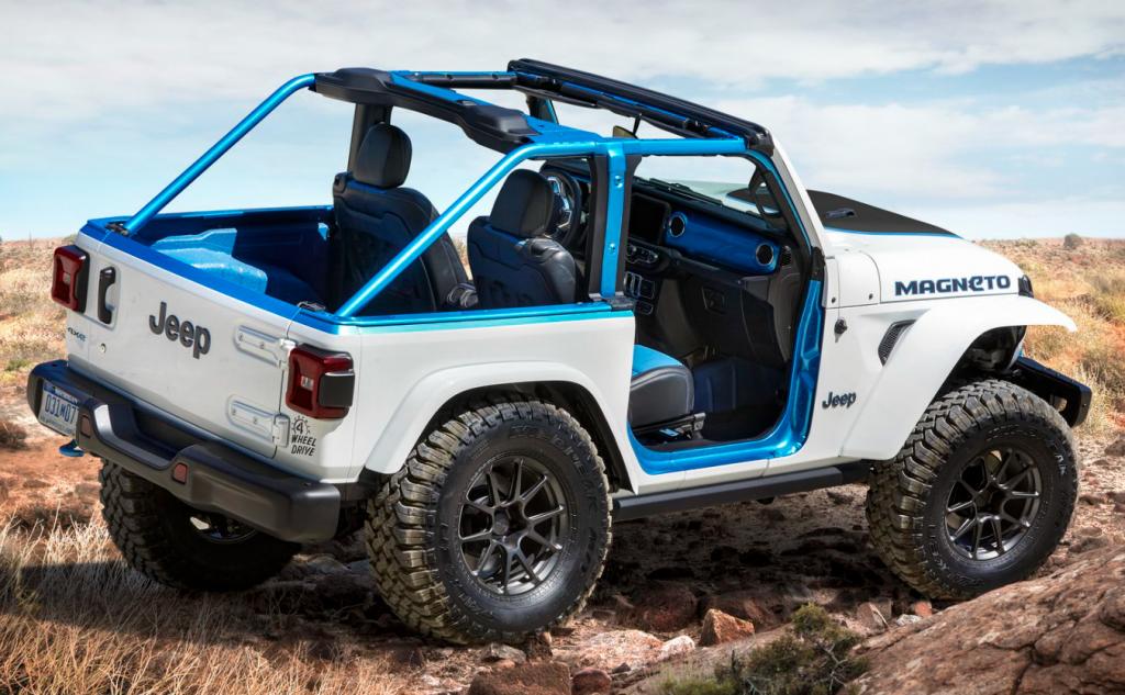 Jeep Wrangler Magneto EV concept rear 3/4 view