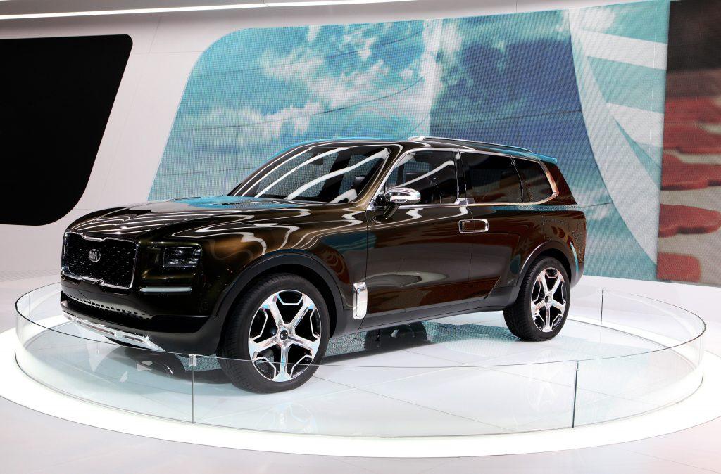 Kia Telluride Concept on display the 2016 Chicago Auto Show