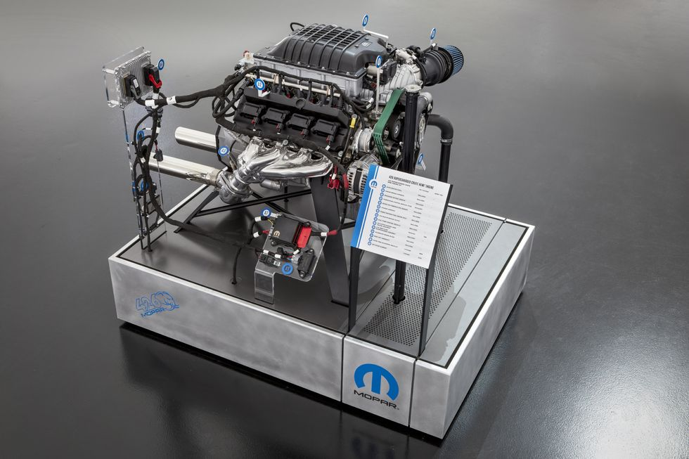 The 1,000 hp Hellephant Chrysler 300 has a Hellephant 426 supercharged crate engine