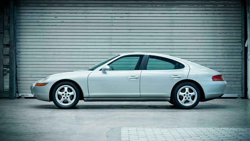 Profile View Of The Porsche 989