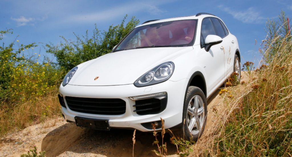 A white Porsche Cayenne.