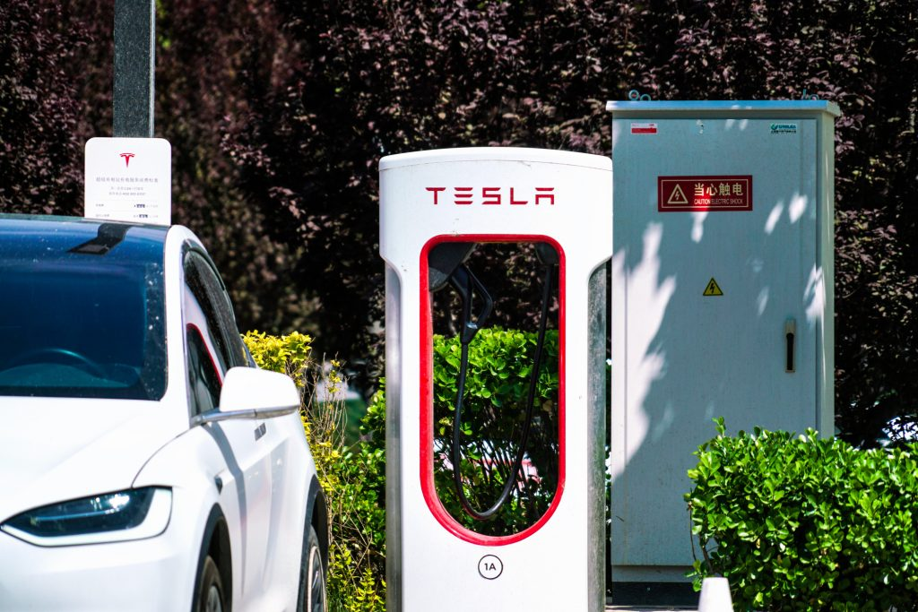 The Tesla Supercharger Network Will Charge Drivers Extra for Slow Charging