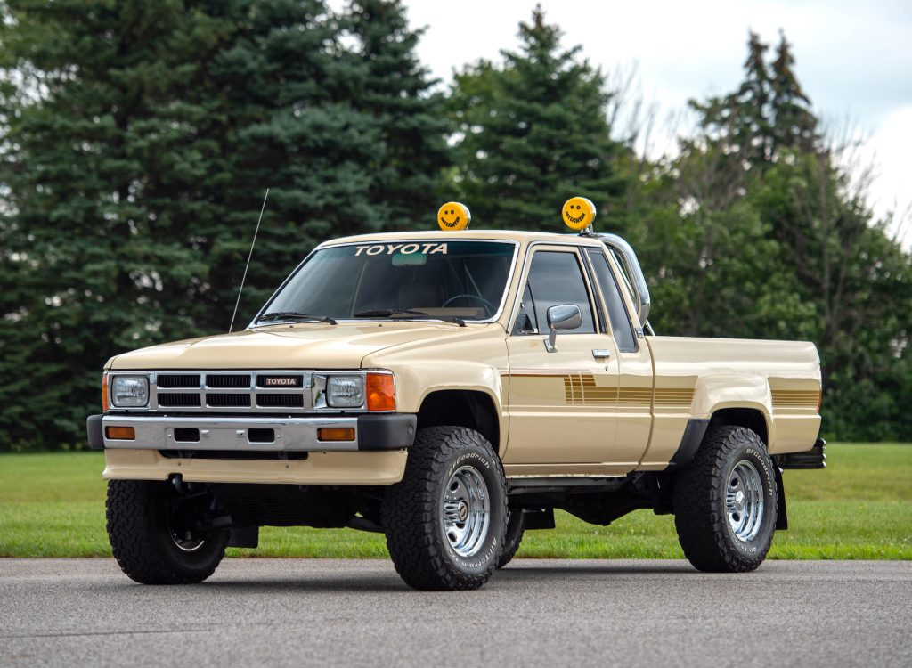 Toyota 4x4 for sale in tan with graphics package