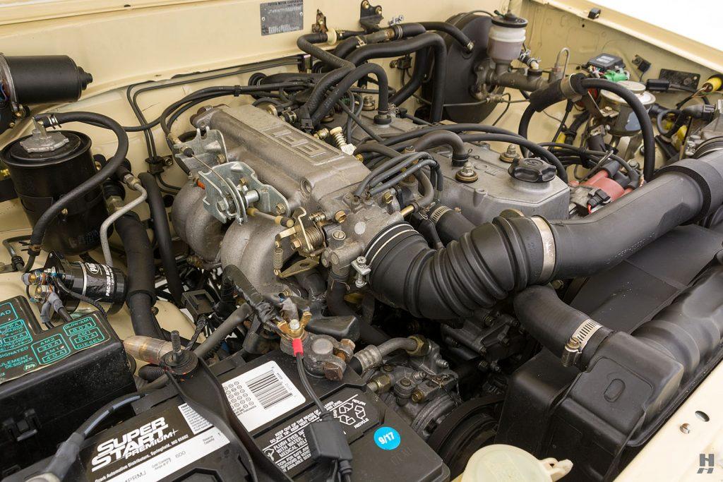 1986 Toyota pickup truck engine