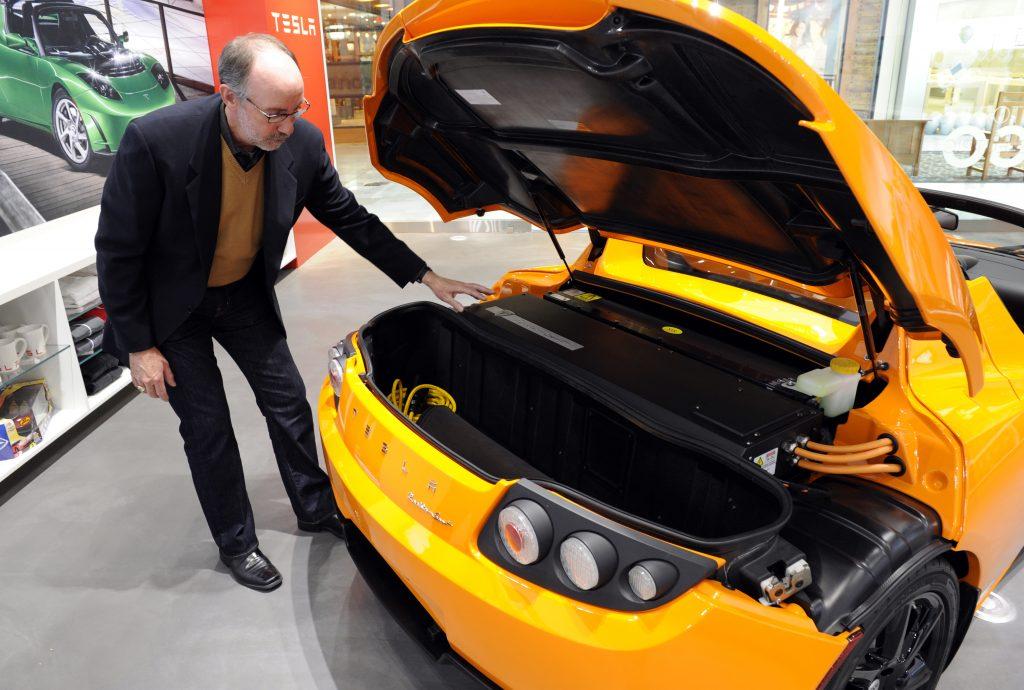Tesla Roadster 2.5 with rear hatch open