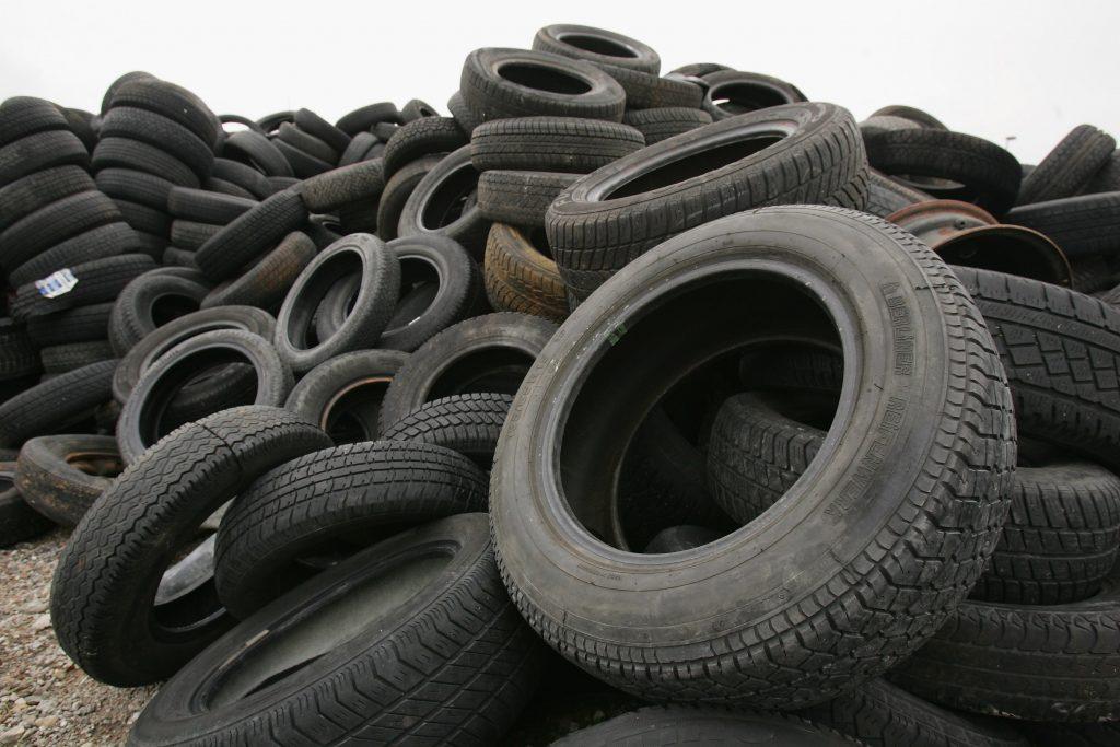 Used car tires lie