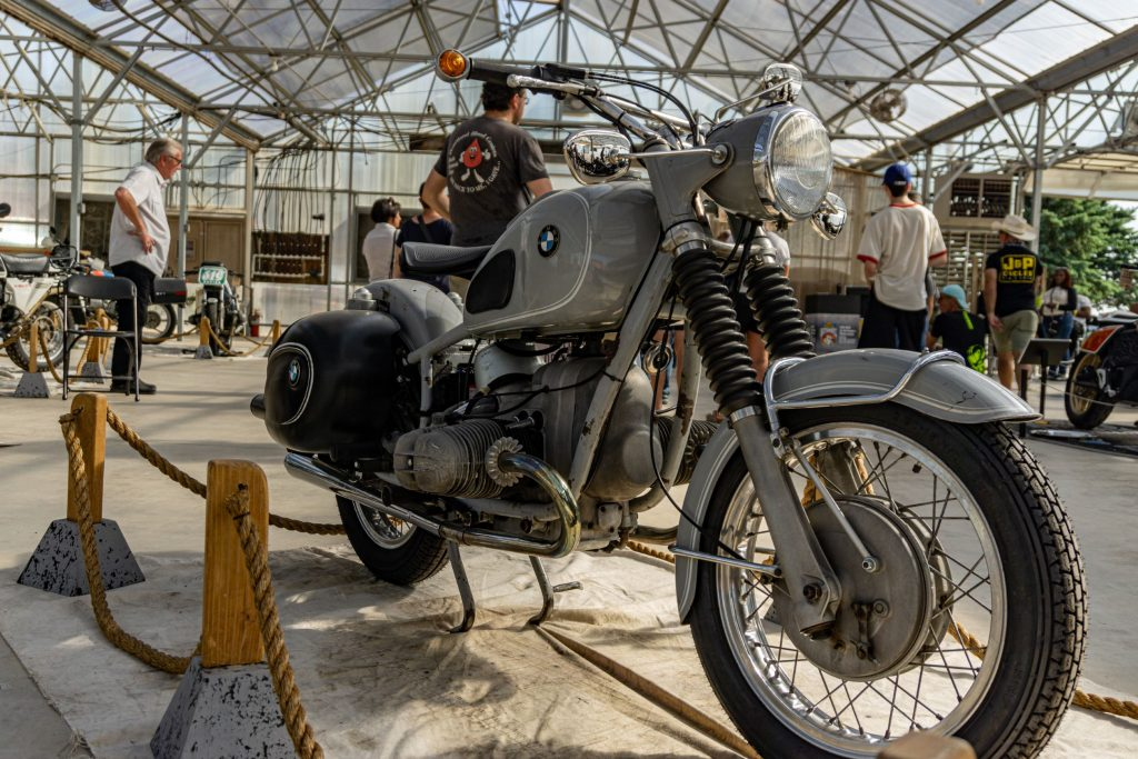 A gray 1969 BMW R69S at IMS Outdoors Chicago 2021