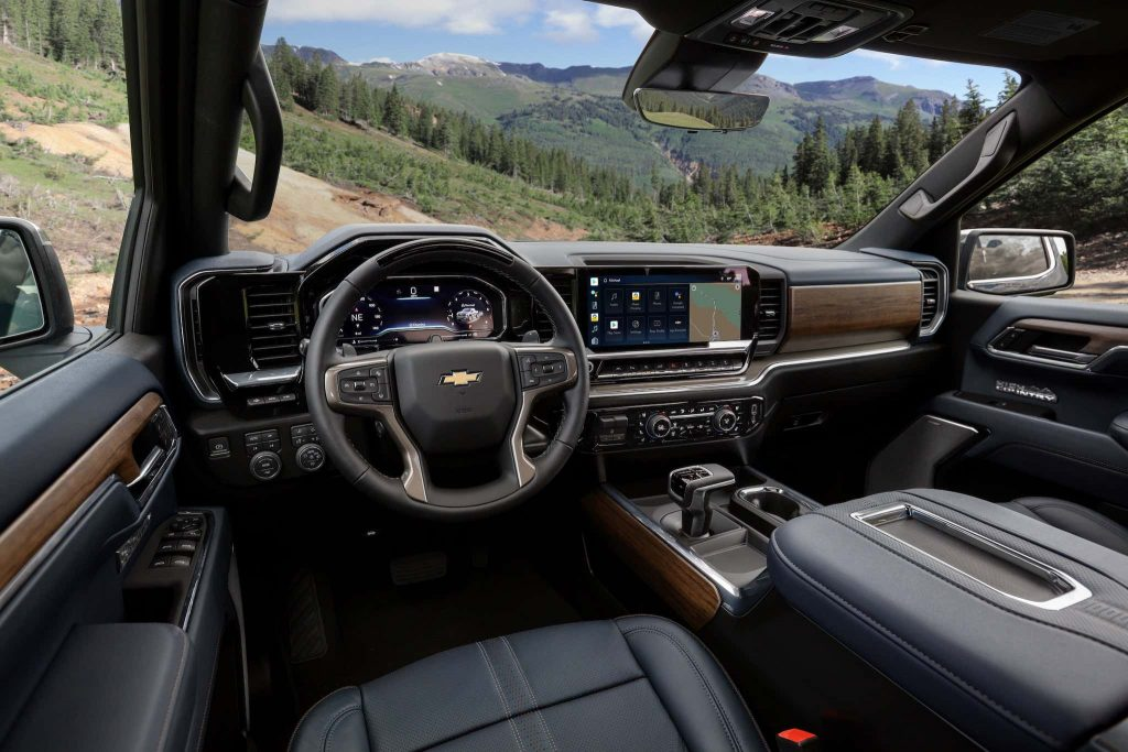 2022 Chevy Silverado all-new interior