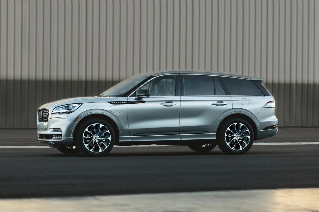A silver 2022 Lincoln Aviator parked outside during the day